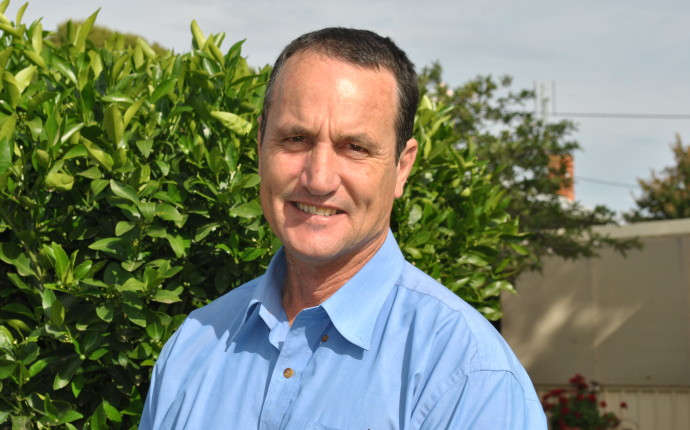 David Landini standing for election in the state seat of Murray.